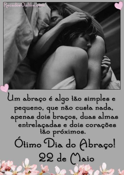 Um abraço é algo tão simples e pequeno, que não custa nada, apenas dois braços, duas almas entrelaçadas e dois corações tão próximos. Ótimo...