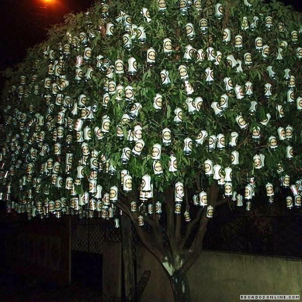 Árvore de latinhas de Skol